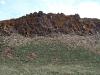 Такие скалы с удовольствием заселяют хищные птицы